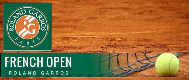 Great Roger Federer made it to the third round of Roland Garros, French Open 2015 on Day 4 of the tournament.