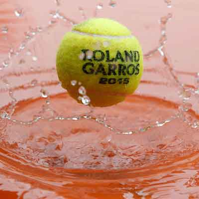 In one of the most exciting series of matches at Roland Garros French Open Tennis Tournament (2015) in recent years, Japanese star Kei Nishikori reached the quarter finals on the rainy Sunday that was Day 8 of the event. Ganesha now predicts the winners of Day 9.